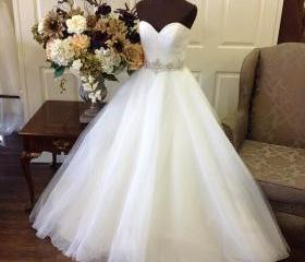 Wedding Dress, Swee..
