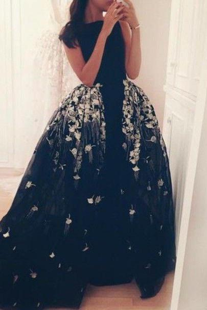 Prom Gowns,Black and White Prom Dresses,Boat Neck Evening Gowns,Long Evening Gowns,Ball Gown Evening Dress,Unique Evening Dress