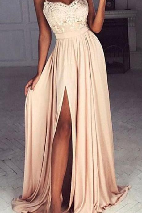 A-Line Spaghetti Straps Prom Dresses Sweep Train Split-Side Champagne Chiffon prom Dress with Appliques