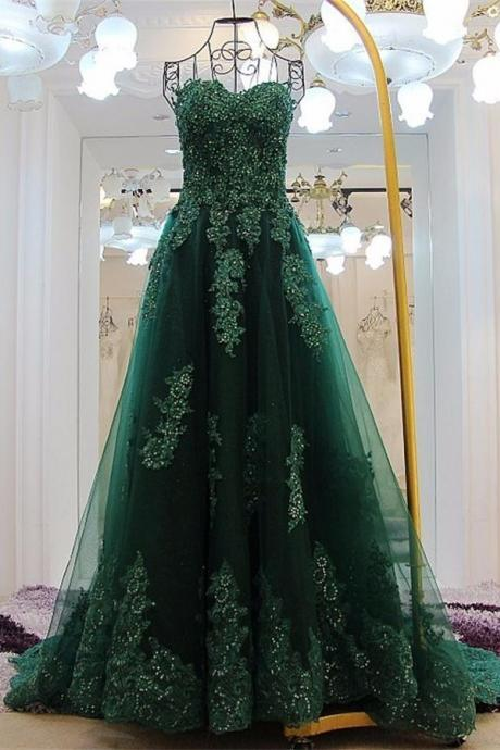 b01fb8b0822c Forest Green Lace Appliqués Sweetheart Floor Length Tulle A-Line Formal  Dress Featuring Lace-