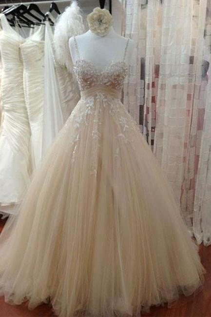 Champagne Spaghetti Strap Sweetheart Lace Appliqués Tulle Ball Gown Wedding Dress