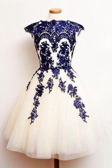Charming Homecoming Dress,Appliques Homecoming Dresses,O-Neck Short Prom Dress