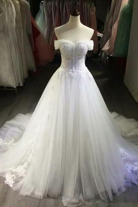 Lace Bridal Gown Wedding Dress Small Tail Wedding Dress