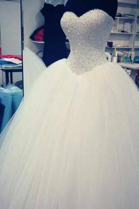 Sleeveless Ivory Ball Gown Bridal Wedding Dress